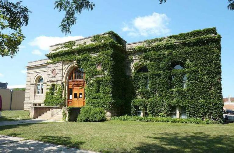Carnegie Art Center in Mankato, MN | © Bobak Ha'Eri/WikiCommons
