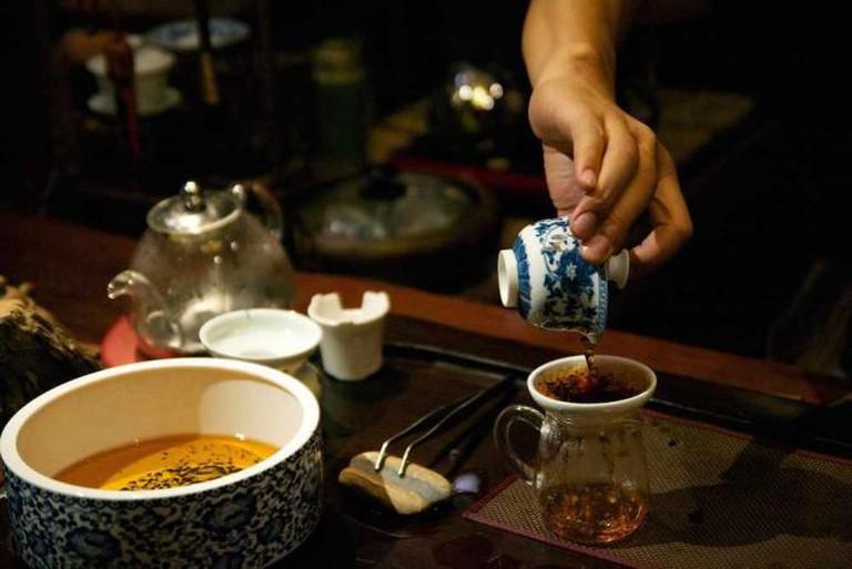 La cérémonie du thé - 一茶一世界   © Clément Belleudy/Flickr