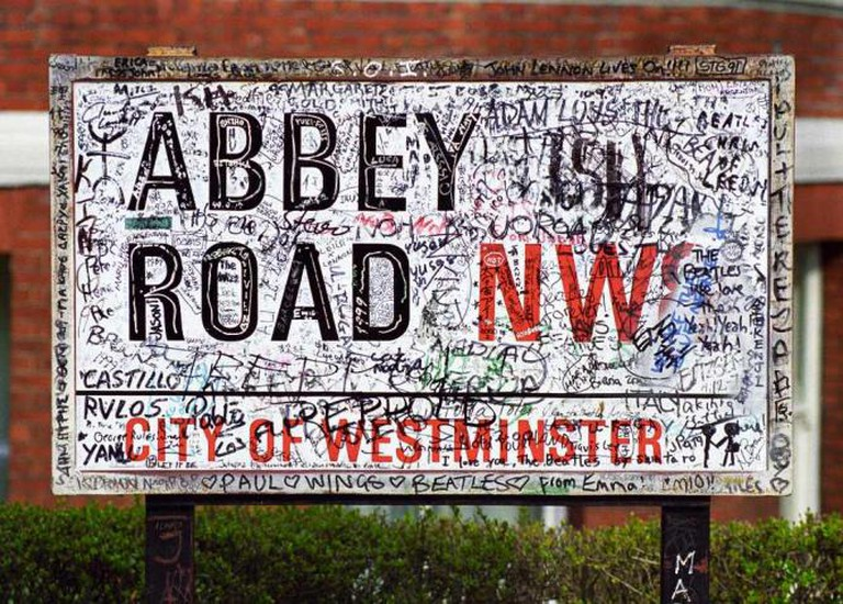 Abbey Road Sign | © Sander Lamme/WikiCommons