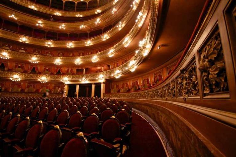 Teatro Colón auditorium | Ⓒ Roger Schultz/Flickr