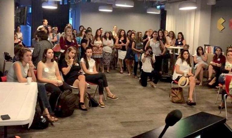 Women in Wireless Speed Mentoring meet up