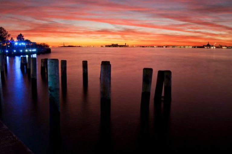 Hudson River Sunset V   © Ludovic Bertron/Flickr