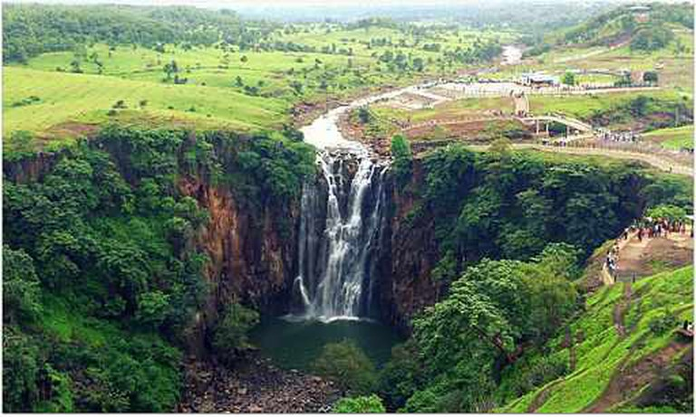 Patalpani Waterfall | © Lucky vivs/WikiCommons