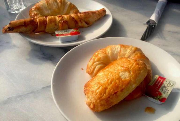 La Croissanterie Figaro croissant | © Anna Daneau