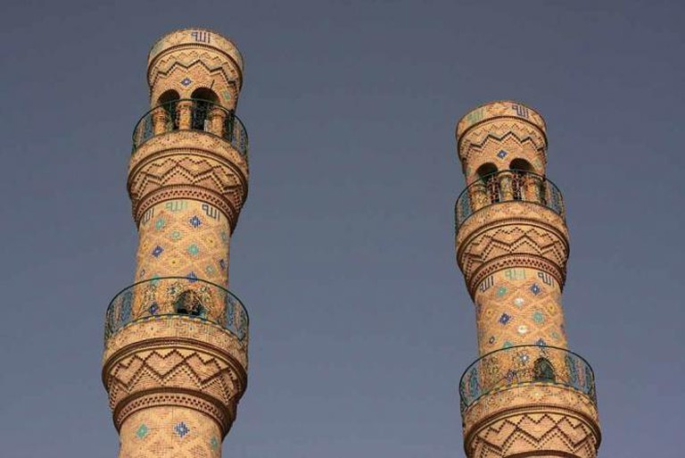 Three-tiered minarets, Jameh Mosque