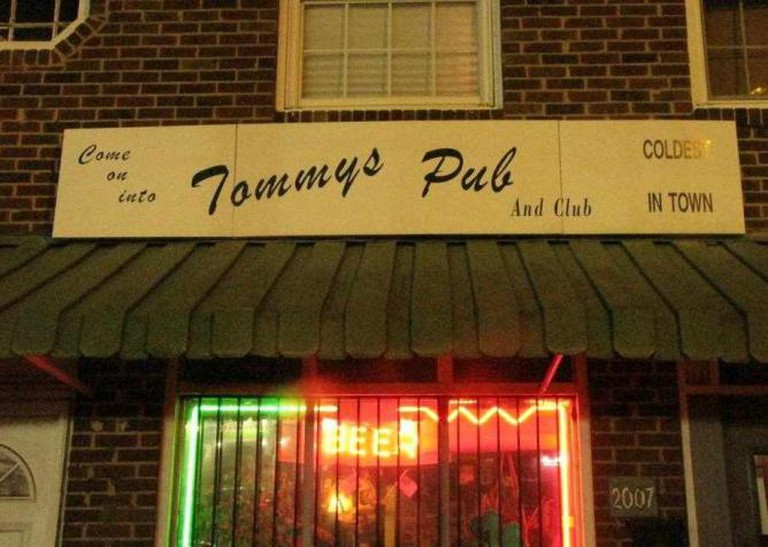 Exterior of the Bar / Courtesy of Tommy's Pub