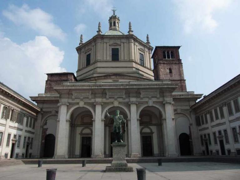 Basilica di San Lorenzo Maggiore | © Allan Parsons/Flickr