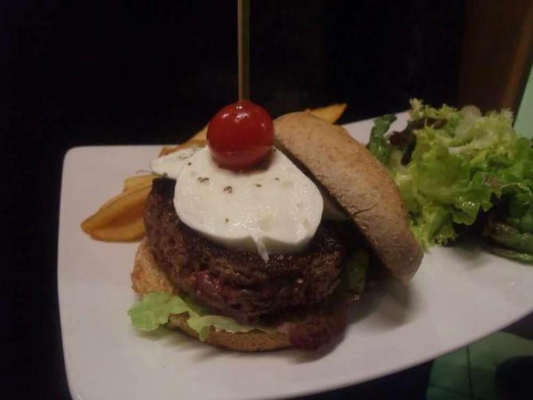 The Italian Burger | Courtesy of Le Grognard