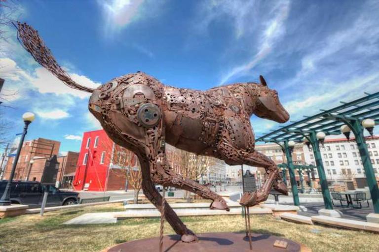 Iron Horse | © Larry Jacobsen/Flickr