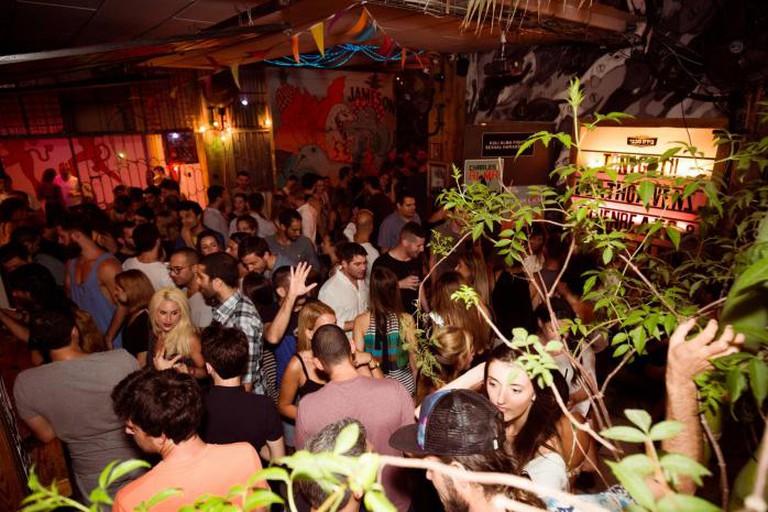 Beathoavenz Duo at the Kuli Alma Nightclub in Tel Aviv, August 27, 2015   © Ben Palhov
