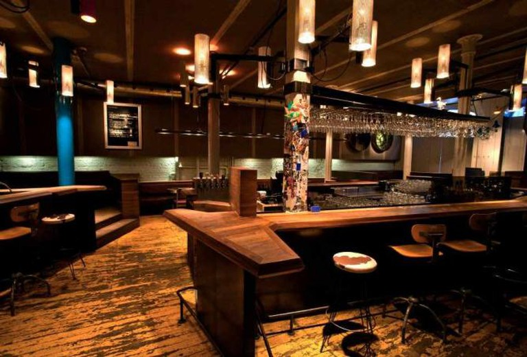 Trendy interior | Courtesy of Philémon Bar