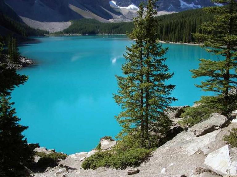Banff National Park: Moraine Lake in June