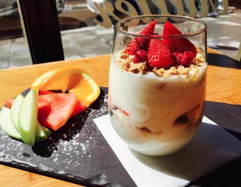 Muesli and fruit | Courtesy of Vallier