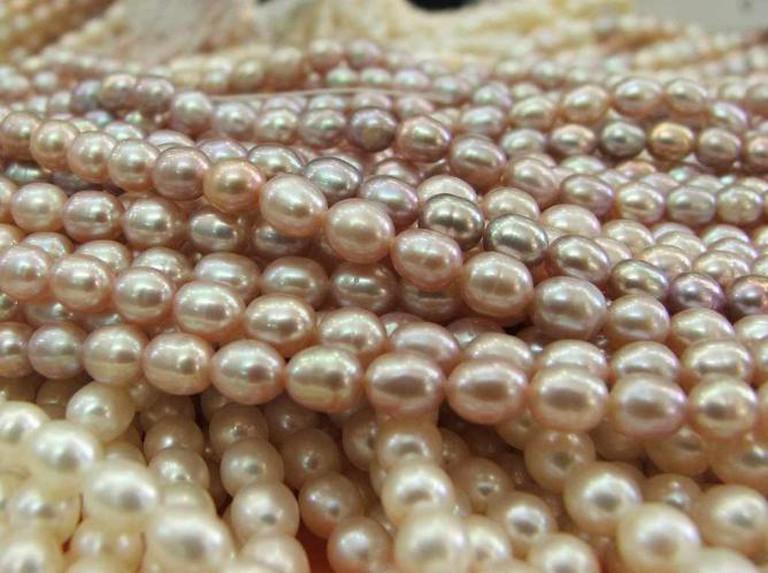 Laad Bazaar Pearls ©Abhinaba Basu/Flickr