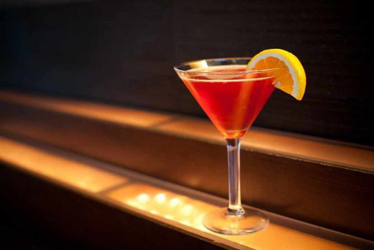 Luxury Cocktails & Bar Photos | © Edson Hong/Flickr