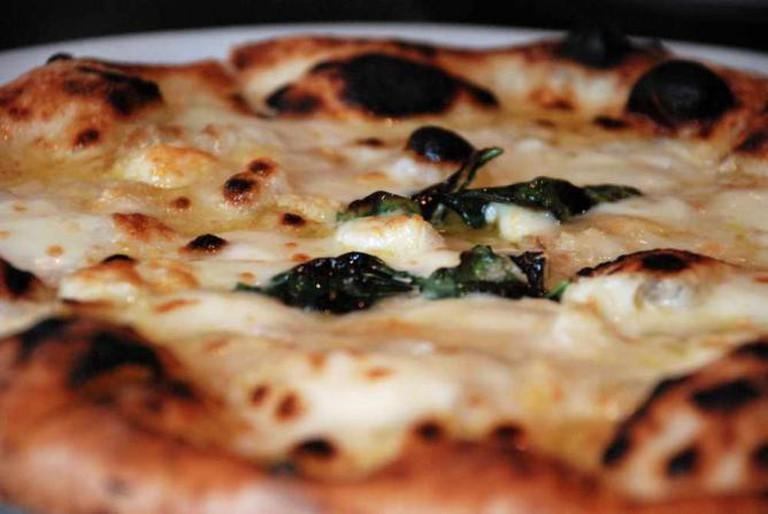 Quattro formaggio pizza | © Jean-François Chénier/Flickr