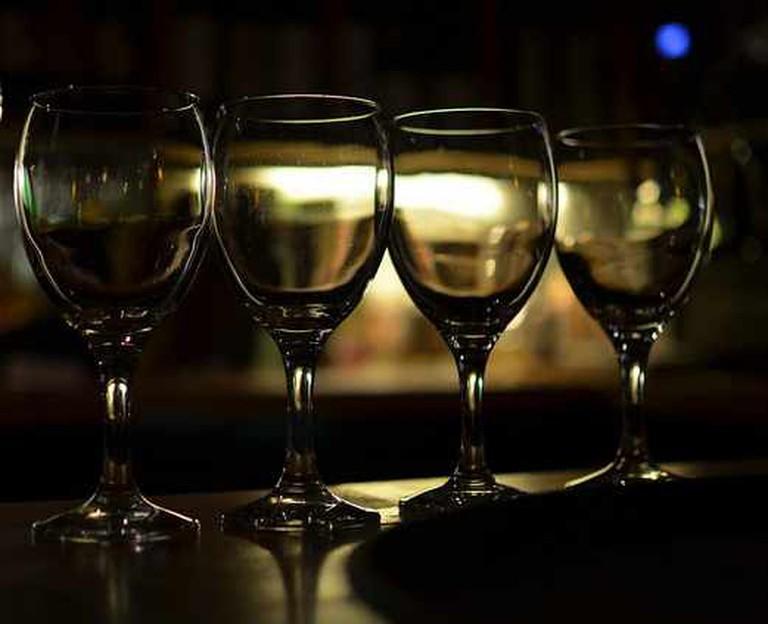 Wine glasses | © aimee rivers/Flickr