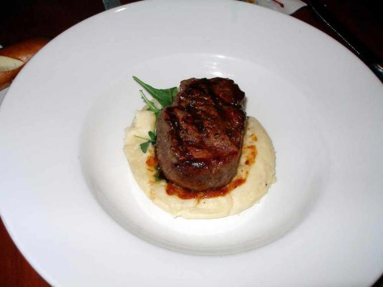 Filet Mignon with maple glaze | ©‎ sanctumsolitude/Flickr