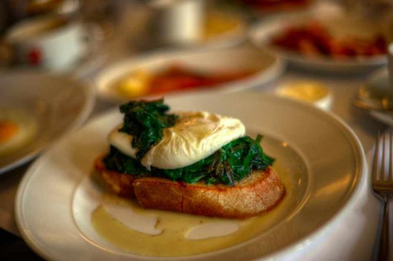Eggs Florentine | © Or Hiltch/Flickr