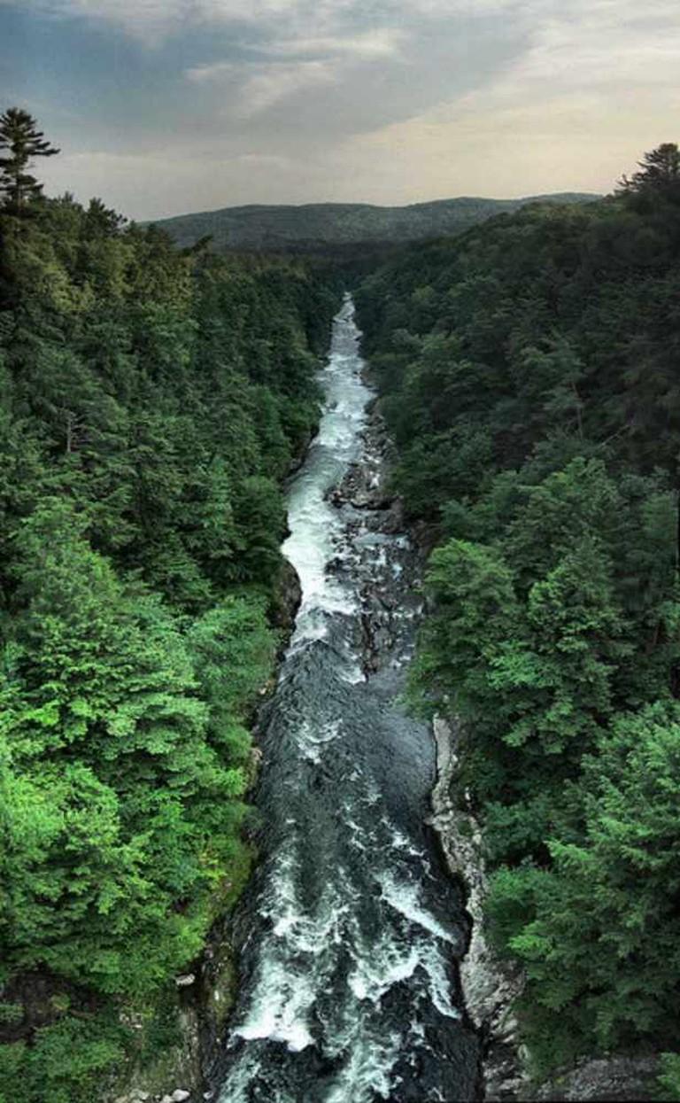 Quechee gorge   © hobvias sudoneighm/Flickr