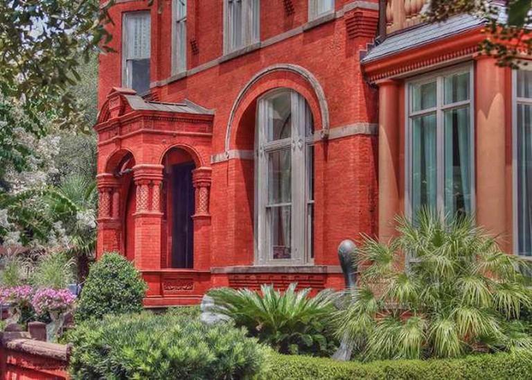 Mansion on Forsyth Park | © Savannah Sam Photography's/Flickr