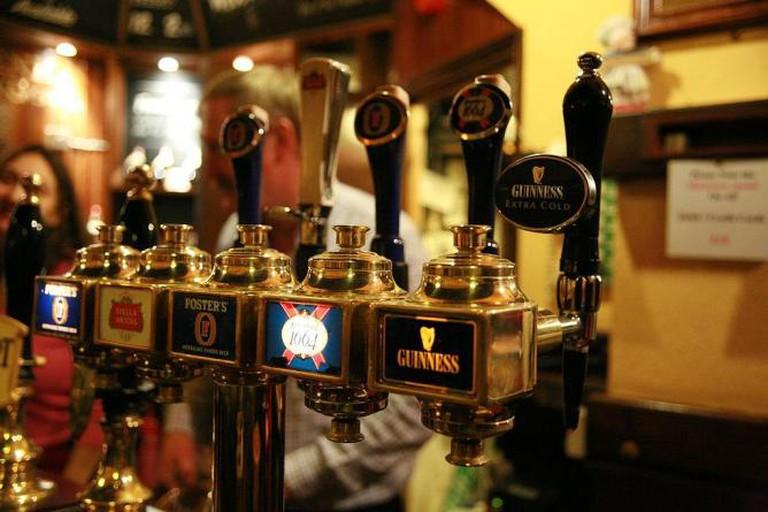 Beer Taps | © Bruno Girin/Wikimedia Commons