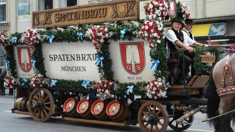 A beer cart in Munich | © Romi/Pixabay
