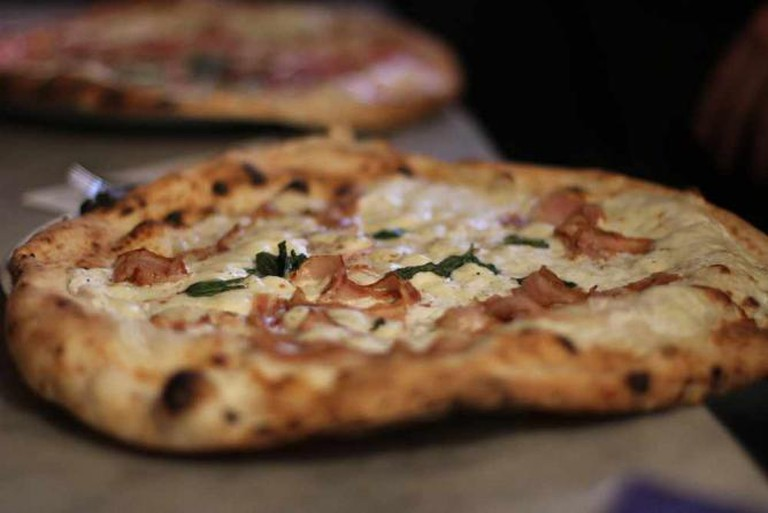 Neapolitan pizza | © Thomas Duesing/Flickr