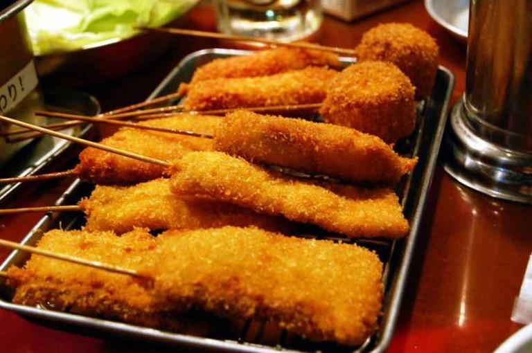 Kushikatsu Meat | © kimishowota/Flickr
