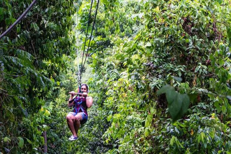 Zipline Adventures | © Flickr