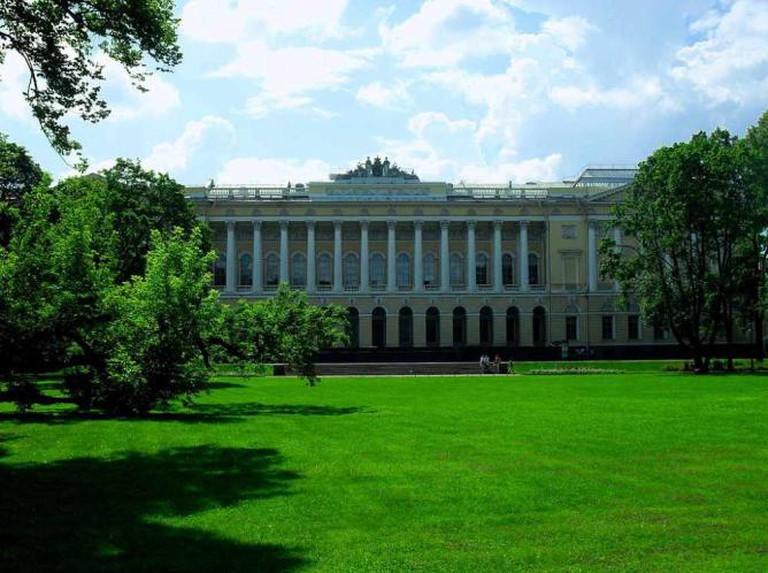 Mikhailovskiy Palace © E-tron/WikiCommons