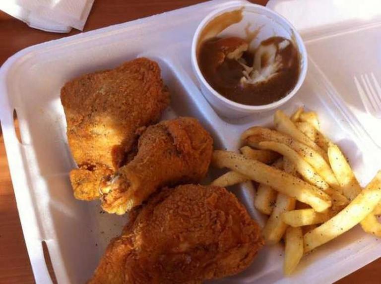Crispy Fried Chicken | © Danny Baza Blas/Flickr
