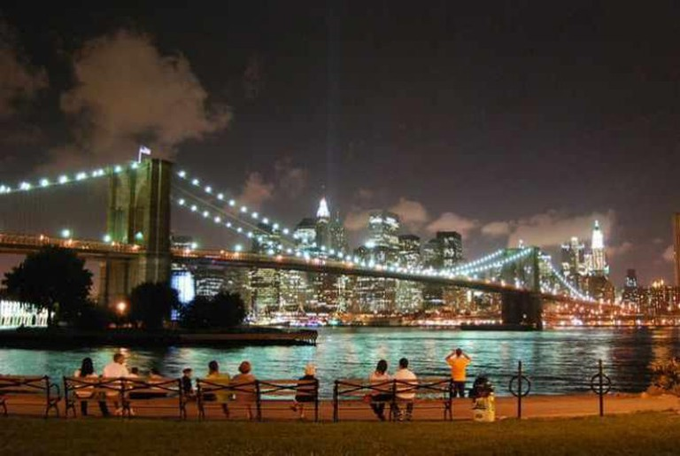 Brooklyn Bridge at night | © dumbonyc/Flickr