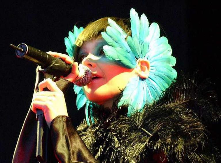 Björk at the Hurricane Festival, 16 July 2003 | © Zach Klein/WikiCommons