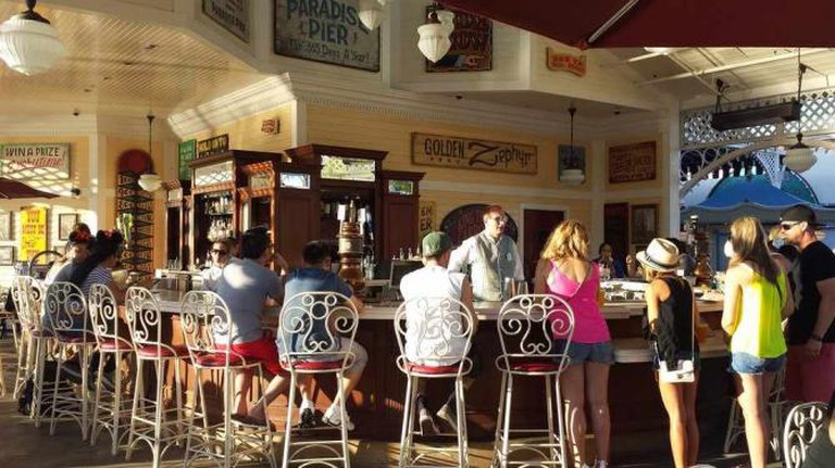 Cove Bar on Paradise Pier
