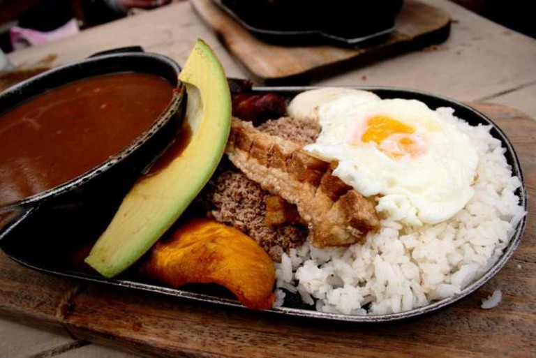 Traditional Bandeja Paisa |  ©Flickr