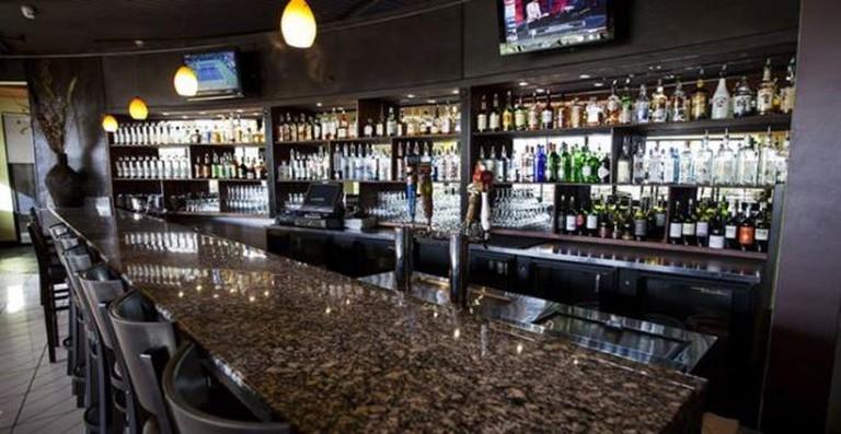 Bar | Courtesy of Limón