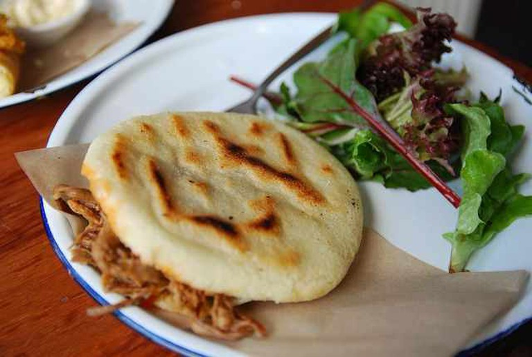 Shredded beef arepa | © Alpha/Flickr
