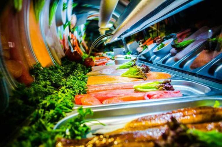 Sushi bar © Carlos Miguel Ortiz Peña/Flickr