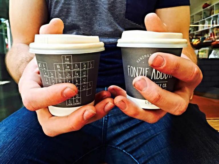 Takeaway Coffee from Fonzie Abbott | © Mona Mizi
