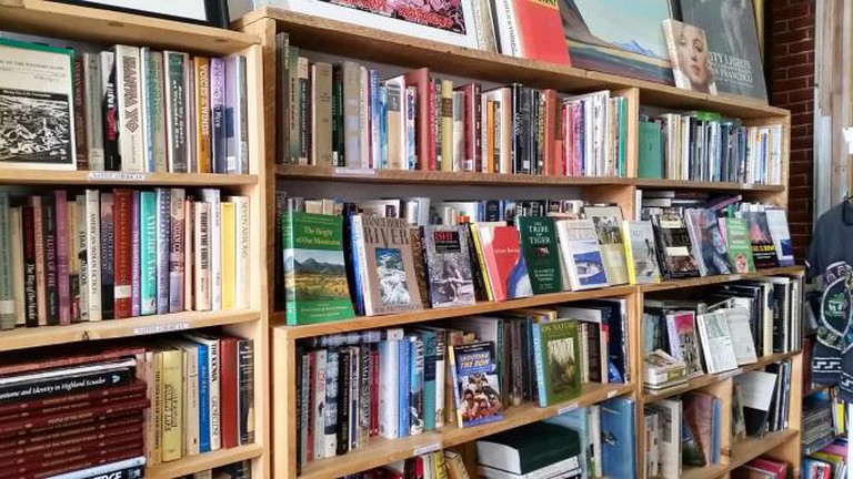 Floating Island Books