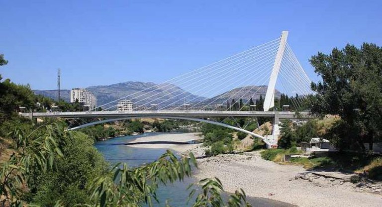 Millennium Bridge Podgorica | © Fearless_/Fred/Flickr