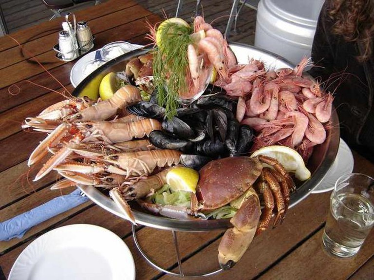 Seafood dish © Elapied/WikiCommons