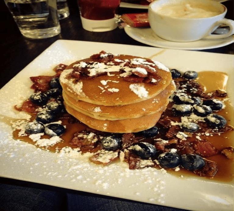 Pancakes at Saddlers