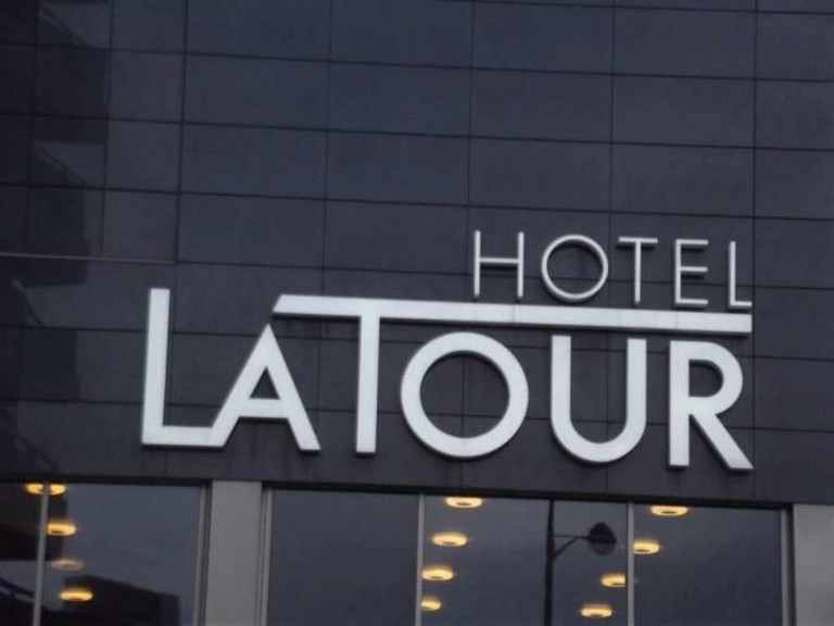 Hotel La Tour | © Elliott Brown/Flickr