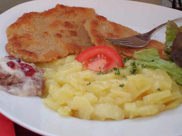 Wiener schnitzel | © julie corsi/Flickr