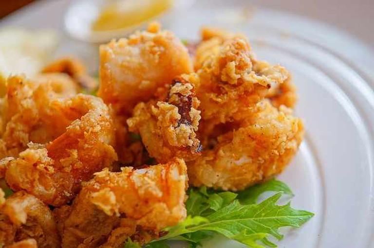 Fried Calamari | © Hideya HAMANO/Flickr