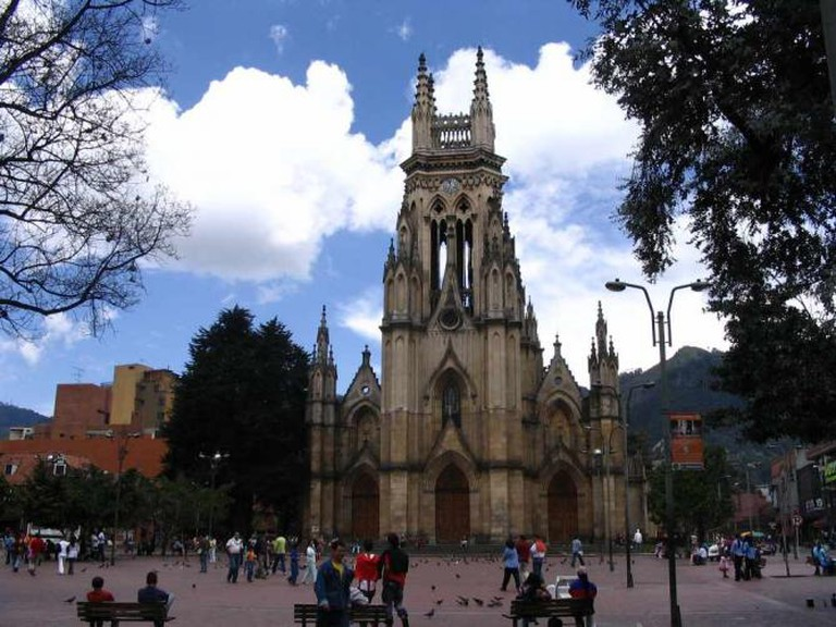 Iglesia de Nuestra Señora de Lourdes| ©Tequendamia/Wikimedia