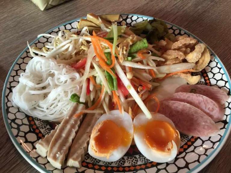 Thai food, Bangkok | © drburtoni/Flickr