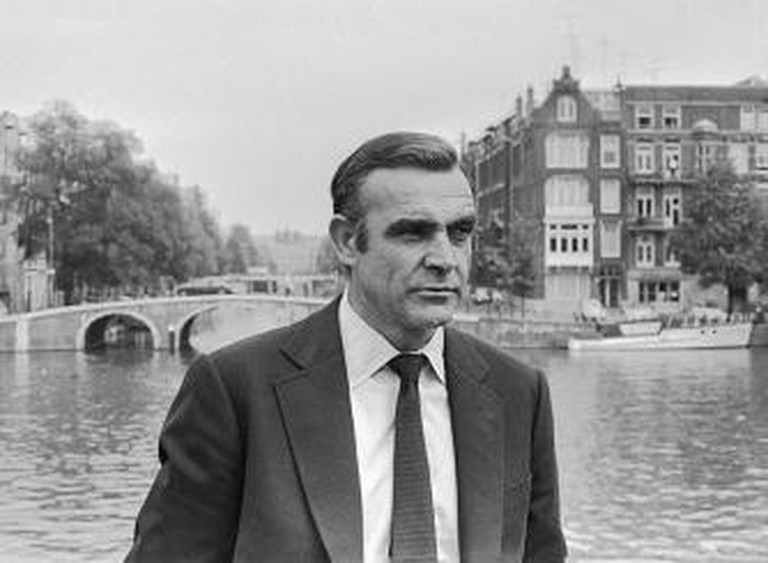 Sean Connery during the filming of Diamonds Are Forever in Amsterdam | © Materialscientist/WikiCommons